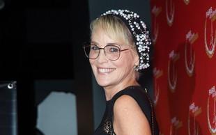 Sharon Stone je videti kot v študentskih letih