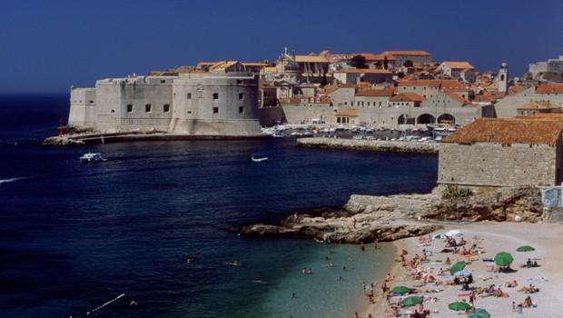 Evropska mesta z različnimi ukrepi nad množični turizem (foto: Profimedia)