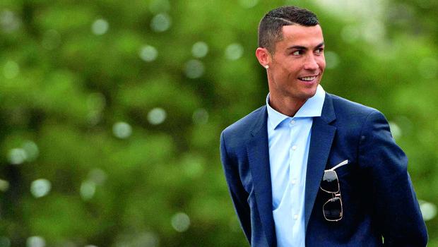 Cristiano Ronaldo in njegova družina v maskah za noč čarovnic (foto: Profimedia)