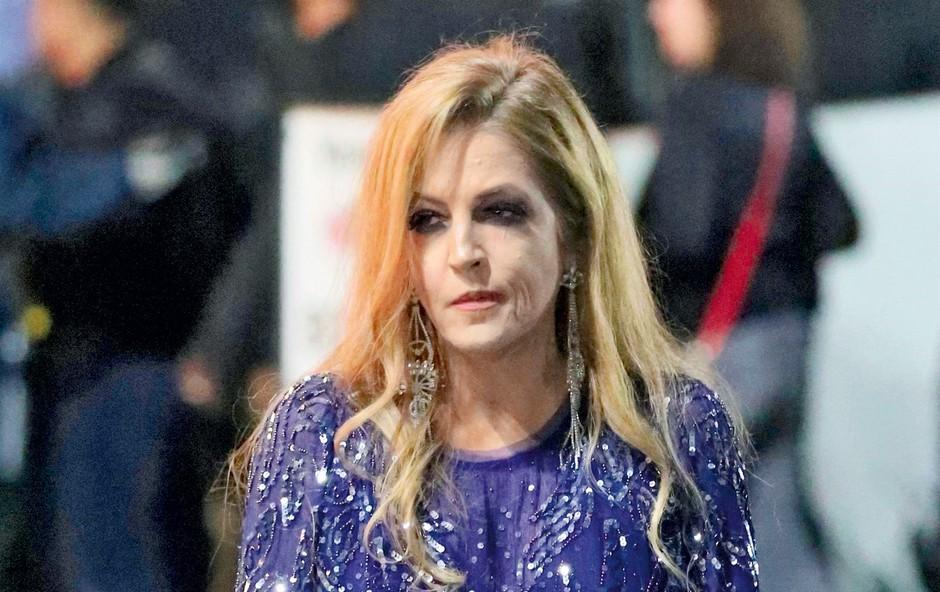 Lisa Marie Presley je zapravila očetovo premoženje (foto: Profimedia)