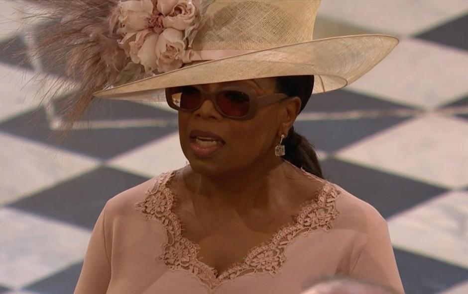 Oprah Winfrey z ganljivo izpovedjo opisala poroko princa Harryja in Meghan Markle (foto: Profimedia)