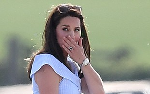 Kate Middleton tri mesece po porodu znova noseča?