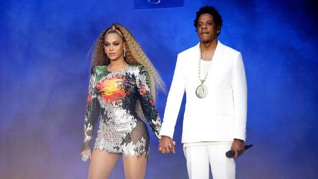 Beyonce in Jay-Z z YouTube vodenim ogledom po Louvreu, ki je že postal spletni hit! (foto: profimedia)