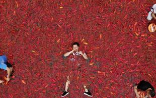 Kitajec, ki je v nekaj več kot minuti pojedel 50 feferonov!