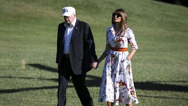 Poletna obleka Melanie Trump, ki je v hipu postala modni hit (foto: Profimedia)