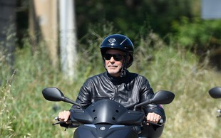 George Clooney doživel prometno nesrečo na Sardiniji