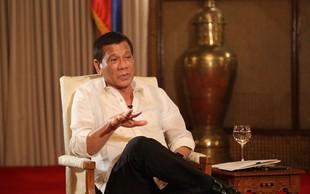 Rodrigo Duterte se je opravičil odpuščajočemu Bogu - a le njemu in nikomur drugemu!