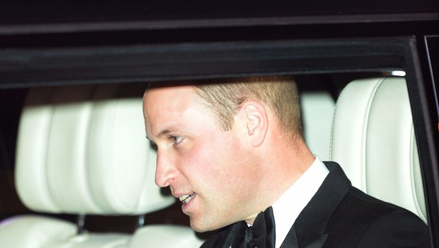 Tudi princ William tolaži razočarane angleške nogometaše (foto: Profimedia)