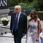 Melania Trump v prozorni obleki osupnila v Bruslju (foto: Profimedia)