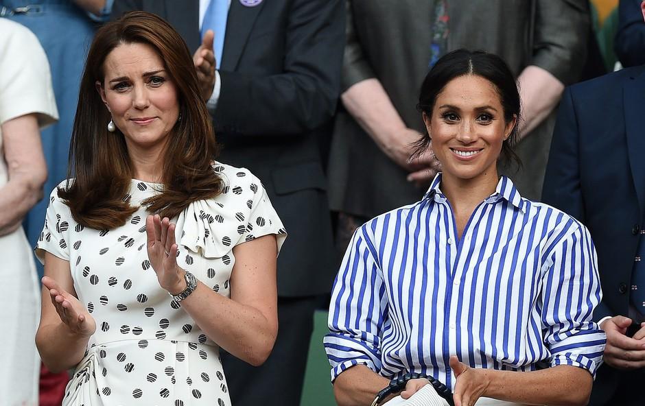 Zakaj Meghan Markle v Wimbledonu ni smela nositi klobuka? (foto: Profimedia)