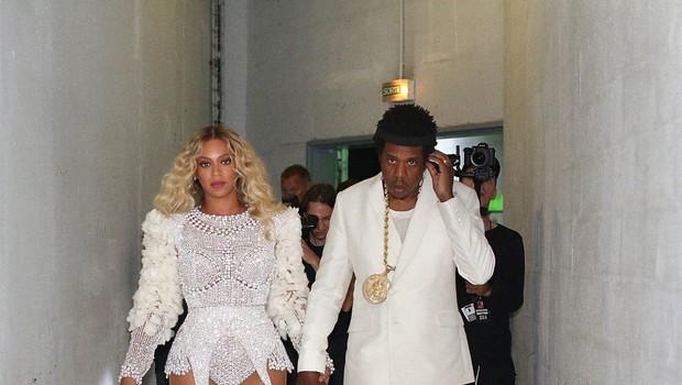 Jay-Z in Beyonce sta na nedeljskem koncertu nastopala v dresih francoske reprezentance (foto: profimedia)