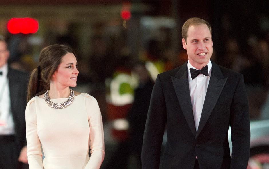 Zakaj morata Kate Middleton in princ William na potovanja vedno vzeti črna oblačila? (foto: Profimedia)