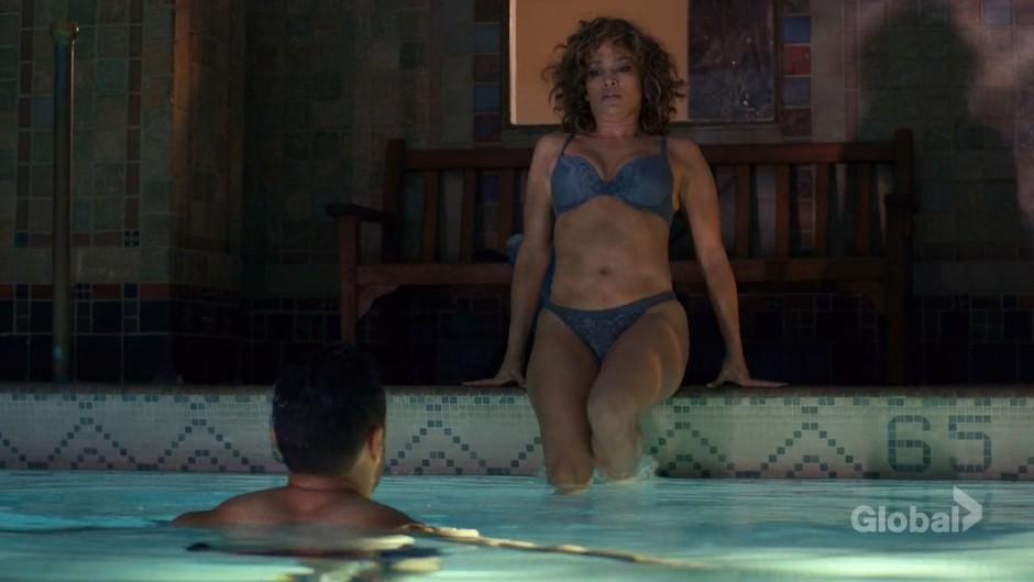 Jennifer Lopez je pri 48 letih takšna lepotica (foto: Profimedia)