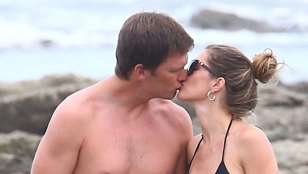 Gisele Bundchen na plaži ves čas poljubljala svojega moža (foto: Profimedia)