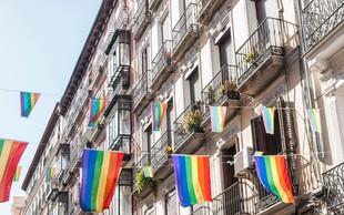 Četrtina Britancev se je opredelila za »ne povsem heteroseksualne« osebe