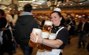 Pivo bo na letošnjem Oktoberfestu dražje zaradi okrepljene varnosti