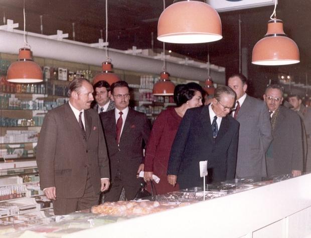 V prvi blagovnici pri nas nakupovala tudi Tito in Jovanka (foto: Maxi Press)