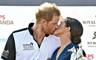 Meghan ga spodbuja in poljublja princa Harryja