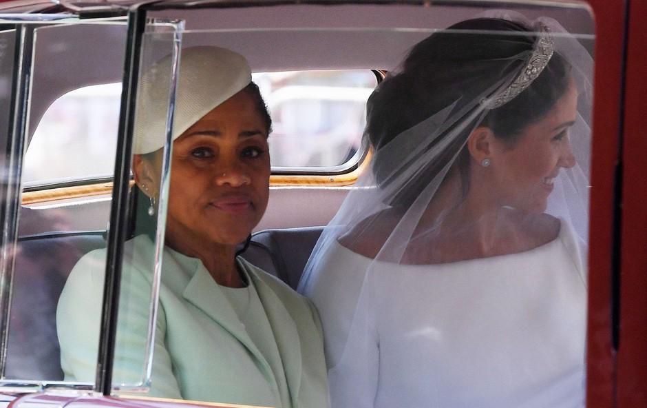 Mama Meghan Markle zapušča ZDA in se seli k svoji hčerki (foto: Profimedia)