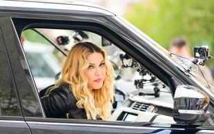 """Madonna sporoča: """"Ženske ne starajte se, to je greh!"""""""