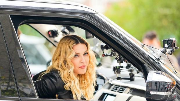 """Madonna sporoča: """"Ženske ne starajte se, to je greh!"""" (foto: Profimedia)"""