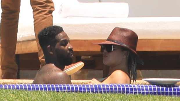 "Ljubezenske ""tragedije"" Khloe Kardashian in Hailey Baldwin (foto: Profimedia)"