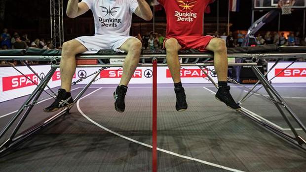 Dunking Devils domov odnesli že drugi Guinnessov rekord (foto: Dunking Devils Facebook)