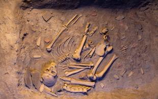 Okritje prvega primera predzgodovinskega mešanja sorodnikov sodobnega človeka