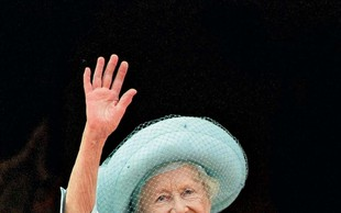 Kraljica Elizabetha je Harryju zapustila več kot Williamu