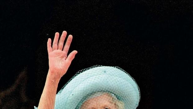 Kraljica Elizabetha je Harryju zapustila več kot Williamu (foto: Profimedia)