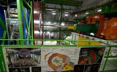 Znanstveni preboj v Cernu: Prvič opazovali razpad Higgsovega bozona!