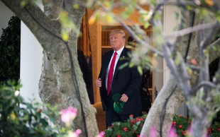 """Ameriški novinar Bob Woodward bo izdal knjigo o """"norišnici v Beli hiši"""""""