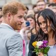 Poglejte si vse nežne trenutke, ko sta si princ Harry in Meghan Markle v javnosti izkazovala ljubezen