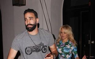 Pamela Anderson je zapustila mladega francoskega nogometaša, ko jo je zaprosil za roko