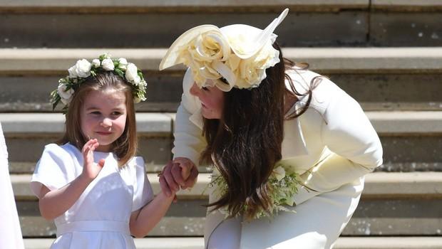Princesa Charlotte vse bolj samozavestna, princ George ostaja zadržan in sramežljiv (foto: Profimedia)