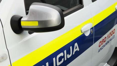 Rezultat hišnih preiskav: Pridržali 10 oseb