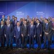 FOTO: Opala! Janša v družbi evropskih premierjev in predsednikov! Kje pa je Šarec?!