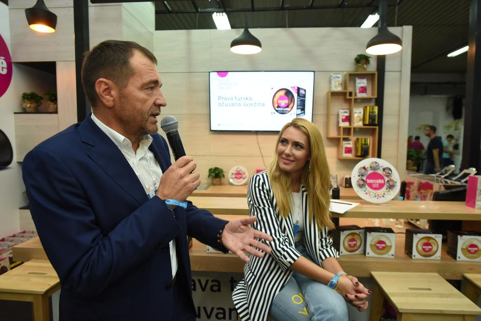 Barcaffè je v Rovinju na Weekend Media Festivalu predstavil prvo turško kavo v kapsuli (foto: Barcaffe Press)