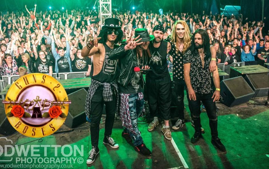 Uspešnice Guns n'Roses z Guns 2 Roses v Cvetličarni (foto: Guns 2 Roses)