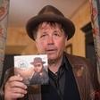 Štiri desetletja na odru, 18 albumov in film Pero Lovšin - Ti lahko