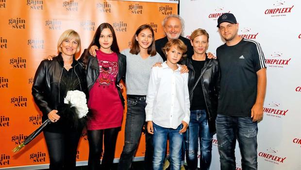 Režiserja Mitja Okorn in Peter Bratuša se poznata že dolgo časa (foto: Mediaspeed)