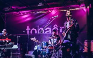 Tobačna akustika: izziv za bende in kantavtoje