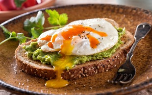 Revolucionarna dieta za boj proti raku, izboljšanje umskih sposobnosti in več energije