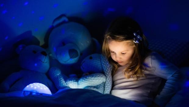 Pravljica za lahko noč je najlepše darilo (foto: profimedia)