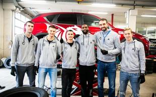 Košarkarji KK Petrol Olimpija Ljubljana se že varno vozijo z zimskimi pnevmatikami Toyo Tires
