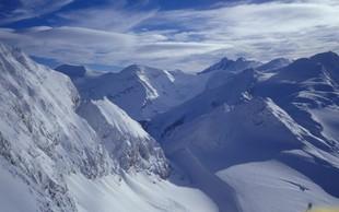 Snežni vihar razdejal bazni tabor ob vznožju nepalske gore Gurja Himal in ugasnil devet življenj