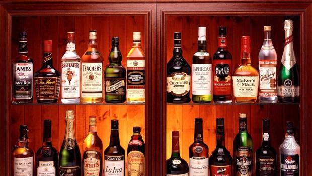 """Kakšno alkoholno pijačo si najraje privoščite glede na horoskopski znak? Preverite v """"alkoskopu"""" (foto: Profimedia)"""