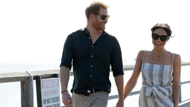 Strokovnjakinja za govor telesa razkrila, zakaj se princ Harry in Meghan Markle ves čas držita za roke (foto: Profimedia)