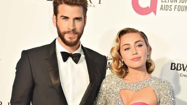 Miley Cyrus kupuje otroška oblačilca (foto: Profimedia)