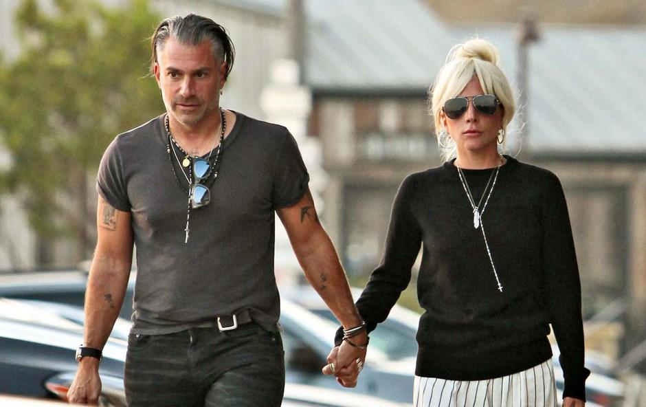 Njeni predstavniki potrdili: Lady Gaga se je razšla s svojim zaročencem! (foto: Profimedia)